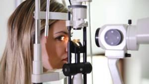 Test de vue pour lentilles de contact